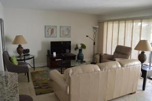 724F, Condo at Sarasota, with Pool View, Case vacanze  Siesta Key - big - 14