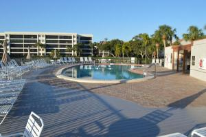 724F, Condo at Sarasota, with Pool View, Дома для отпуска  Сиеста-Ки - big - 15