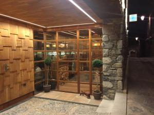 Hotel La Neu, Szállodák  Benasque - big - 32
