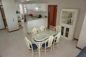 Porto Del Mar - Canasvieiras, Appartamenti  Florianópolis - big - 93