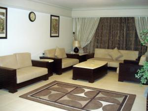 Al Tayyar Suites & Hotel Apartments - Riyadh(Families Only), Aparthotels  Riad - big - 8