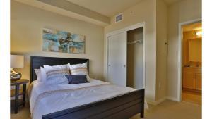 Suite Destination Congress Ave. Downtown Austin - 2 BR / Sleeps 6, Апартаменты  Остин - big - 4