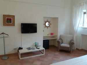 Villa Helios, Szállodák  Capri - big - 25