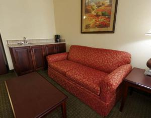 King Suite with Balcony - Non-Smoking