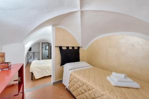 Santo Spirito Frescos apartment, Apartmanok  Firenze - big - 6