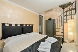 Santo Spirito Frescos apartment, Apartmanok  Firenze - big - 5