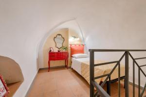 Santo Spirito Frescos apartment, Apartmanok  Firenze - big - 4