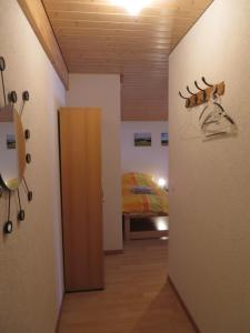 B&B La Ferme De Pouillerel, Bed and breakfasts  La Chaux-de-Fonds - big - 11