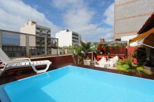 Ipanema beach swimming pool