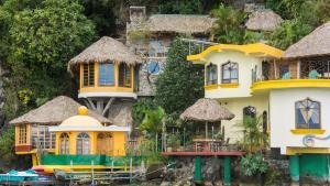 Tosa La Laguna Holistic Spa an..