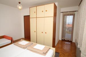 Apartment Novi Vinodolski 6567b, Apartmány  Novi Vinodolski - big - 10