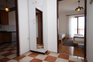 Apartment Novi Vinodolski 6567b, Apartmány  Novi Vinodolski - big - 7