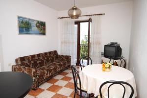 Apartment Novi Vinodolski 6567b, Apartmány  Novi Vinodolski - big - 3