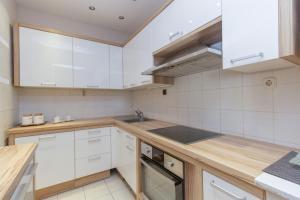 Apartments Andela, Apartmanok  Tribunj - big - 7