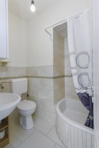 Apartments Andela, Apartmanok  Tribunj - big - 12