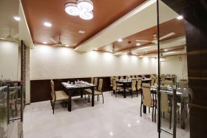 Daksh Hotel And Restaurant, Ostelli  Sasan Gir - big - 23