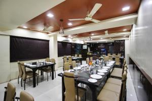 Daksh Hotel And Restaurant, Ostelli  Sasan Gir - big - 28