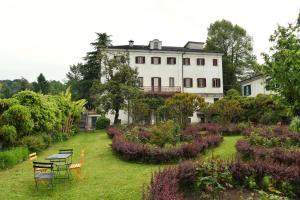 Oasi Di Cavoretto - AbcAlberghi.com