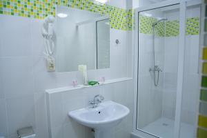 Uyut Hotel, Hotely  Taraz - big - 38