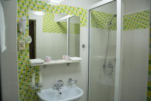 Uyut Hotel, Hotely  Taraz - big - 12