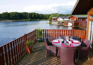 Waters Edge Lodge, Turistaházak  Carnforth - big - 1
