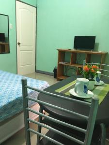 Cornel's Room Rental (formerly Cornel's Place), Privatzimmer  Manila - big - 9