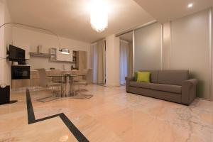 Salerno e le due coste, Apartments  Salerno - big - 42