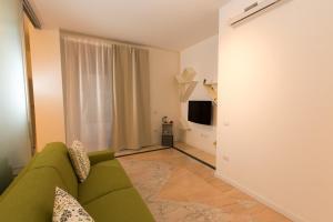 Salerno e le due coste, Apartments  Salerno - big - 40