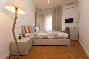 Salerno e le due coste, Apartments  Salerno - big - 11