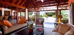 Villa Alila 3 Bedroom, Villen  Saint James - big - 8