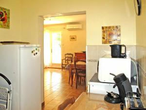 Ferienhaus Six-Fours-les-Plages 105S, Case vacanze  Six-Fours-les-Plages - big - 7