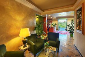 Hotel Castello, Hotel  Sovicille - big - 17