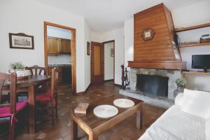 La Ginesta, Apartmanok  Taull - big - 28