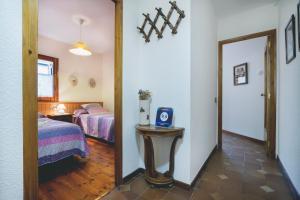 La Ginesta, Apartmanok  Taull - big - 30