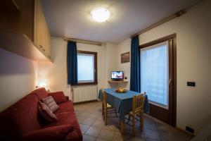 Casa Le Rondini, Apartmány  Valdisotto - big - 18