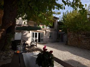Casa dei Nonni - AbcAlberghi.com
