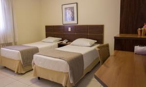 Hotel Valencia, Hotely  Dourados - big - 9