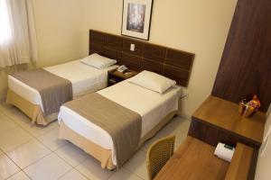 Hotel Valencia, Hotely  Dourados - big - 10