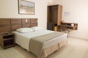 Hotel Valencia, Hotely  Dourados - big - 12