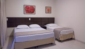 Hotel Valencia, Hotely  Dourados - big - 14