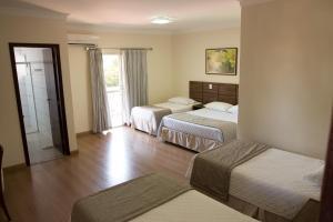 Hotel Valencia, Hotely  Dourados - big - 8