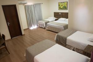 Hotel Valencia, Hotely  Dourados - big - 6