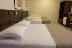 Hotel Valencia, Hotely  Dourados - big - 3