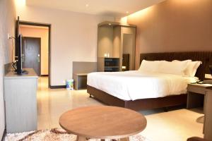 Divine Centre Ltd., Hotel  Manmathapur - big - 19