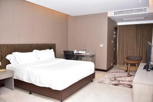 Divine Centre Ltd., Hotel  Manmathapur - big - 22