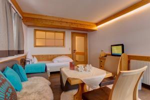 Am Dorfplatz B&B - Adults only, Hotely  Sankt Anton am Arlberg - big - 123