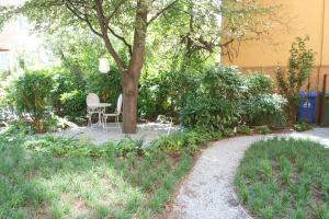 B&B Via Diaz, Bed and breakfasts  Bergamo - big - 11