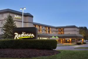 Radisson Akron-Fairlawn
