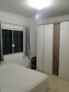 CASA em (PERQUE) PORTO BELO-SC, Holiday homes  Porto Belo - big - 2