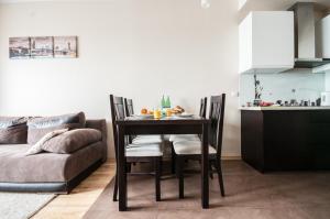 Rolna Apartment by SleepingCar - Służew